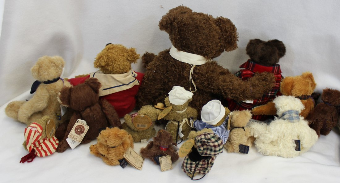 LOT 16 BOYDS & MAYFAIRE BEARS WITH TAGS EXCELLENT  XT - 3