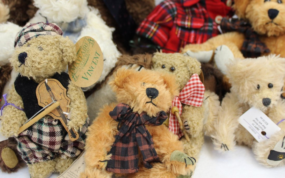 LOT 16 BOYDS & MAYFAIRE BEARS WITH TAGS EXCELLENT  XT - 6