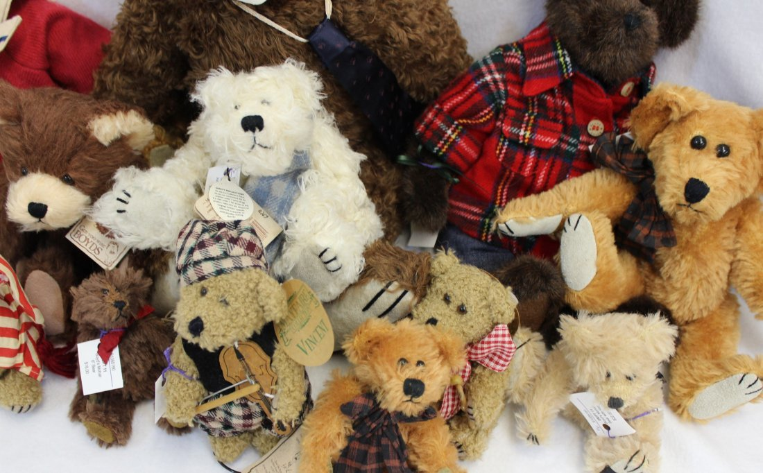 LOT 16 BOYDS & MAYFAIRE BEARS WITH TAGS EXCELLENT  XT - 7