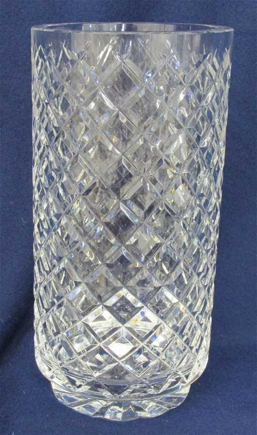 Sgd Waterford Crystal Diamond Pattern Long Stem Vase Xj