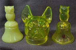 1980s BOYD VASELINE ART GLASS OWL BELLS BULLDOG HEAD XV