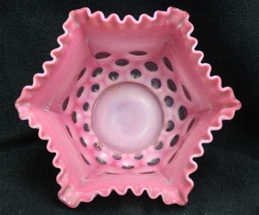Rare 1960 Fenton Cranberry Opalescent Coin Dot Vase Xw