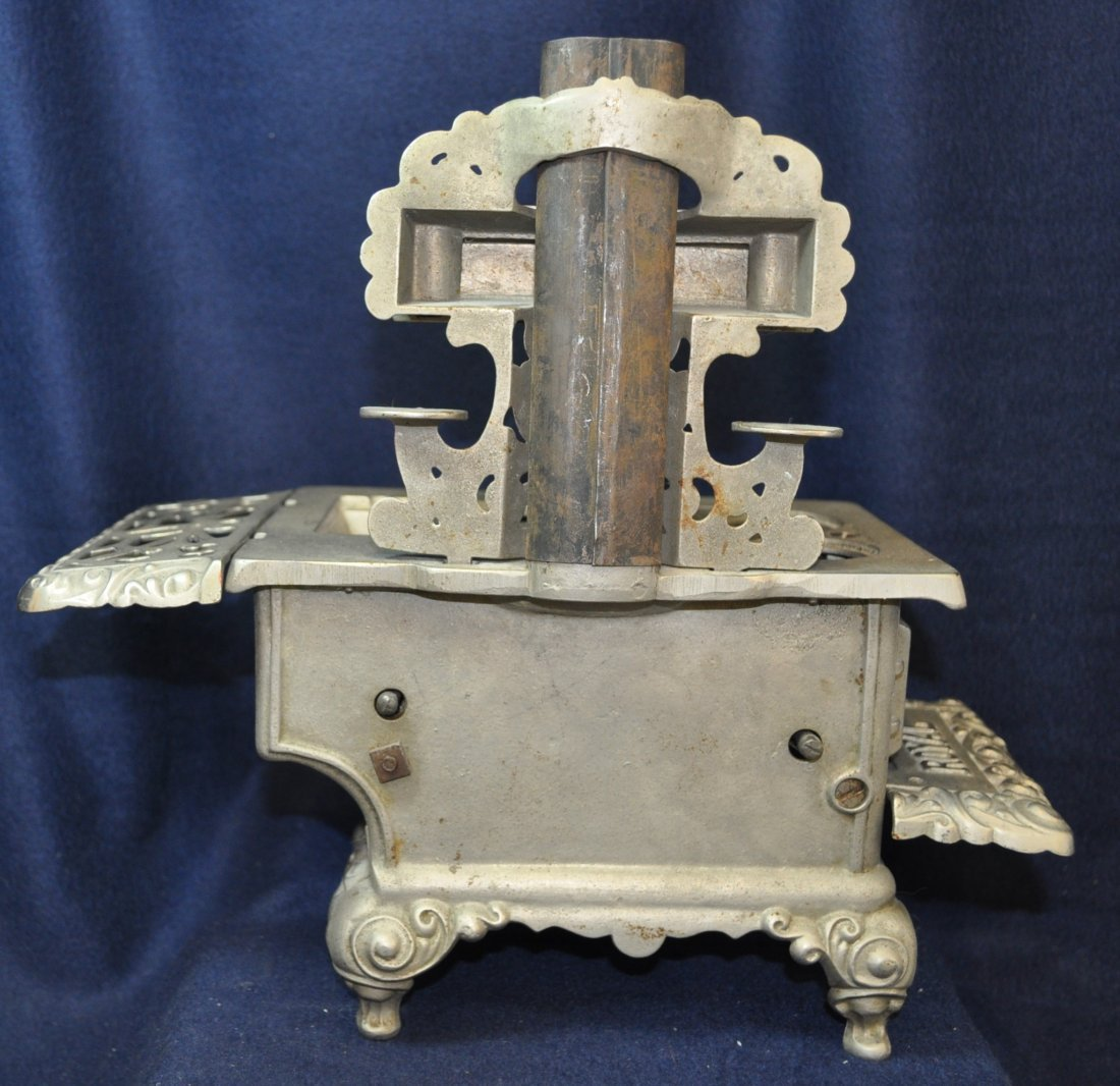 ANTIQUE CAST IRON TOY SILVER ROYAL WOOD STOVE - 6