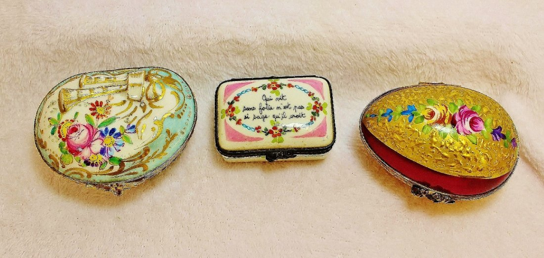1930s FINE HP LIMOGES PORCELAIN FLORAL TRINKET BOXES