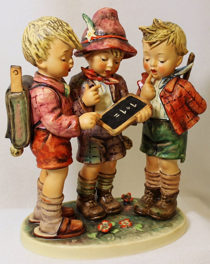 HUGE 10 INCH GOEBEL HUMMEL 170 1972 SCHOOL BOYS TMK-5