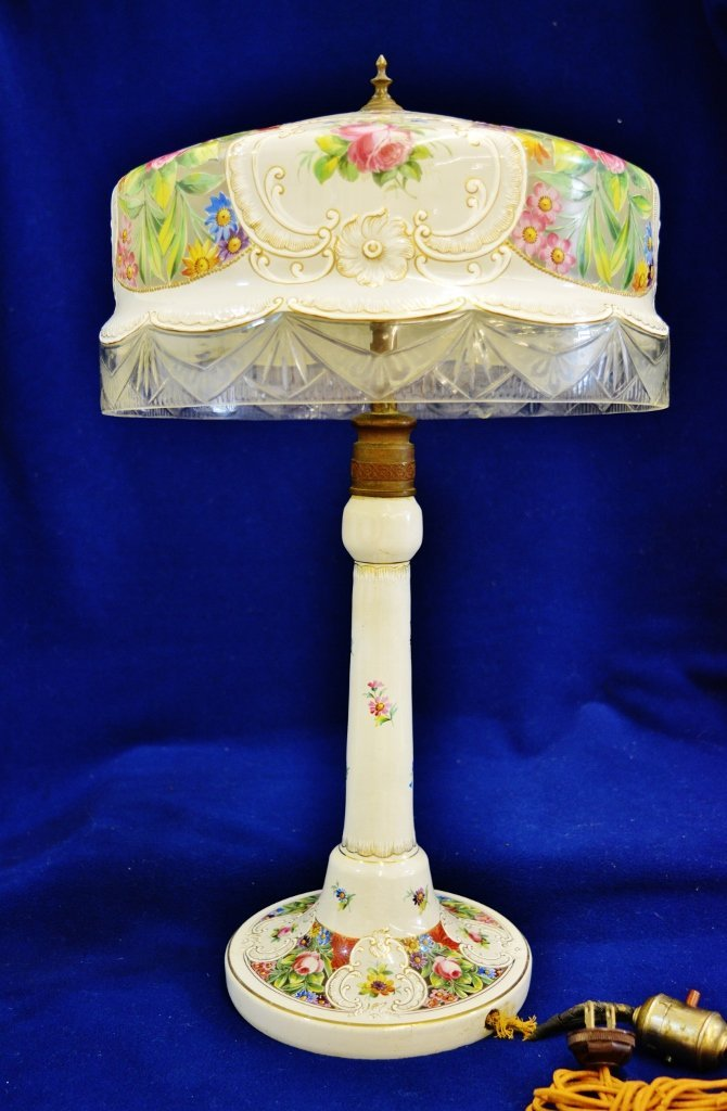 1930 FRENCH HP LOUIS XIV MEDALLION FLORAL ELECTRIC LAMP