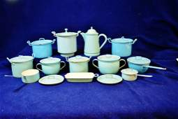 1930s BLUE & WHITE ENAMELED CHILDS TOY STOVE COOKWARE