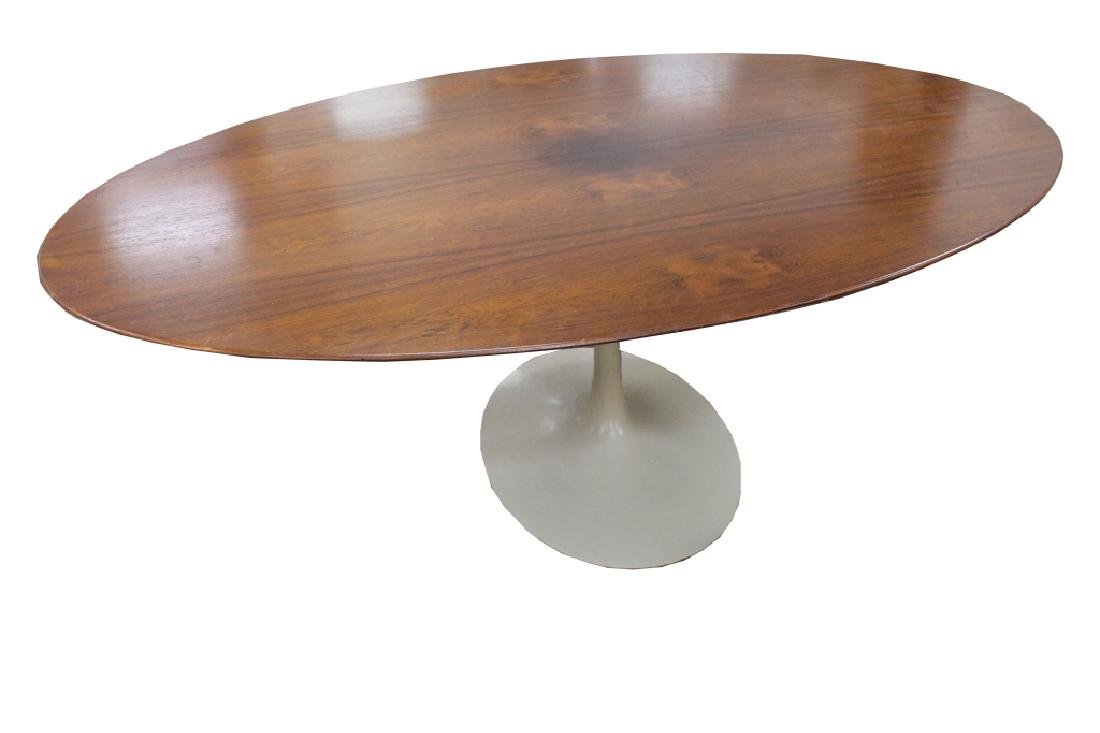 Large Cherry Knoll Oval Dining Table