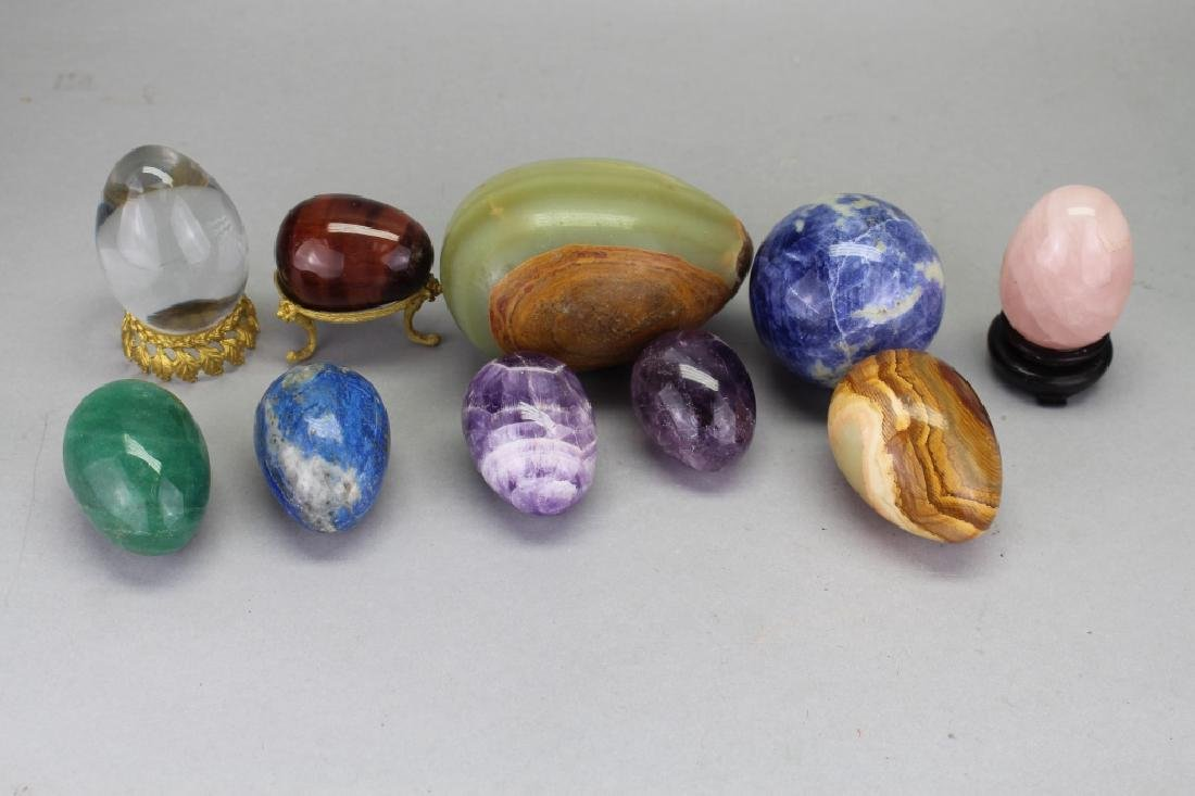 (10) Mixed Stone Carved Eggs