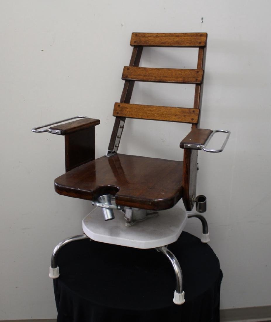 Fishermans Wooden Fighting Chair, Hofbrow Inc