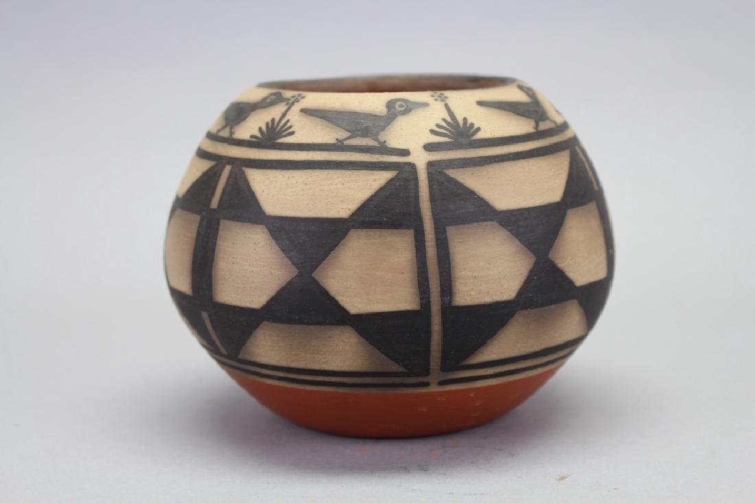 Robert Jenario Santa Domingo NM Pottery Vase - 2