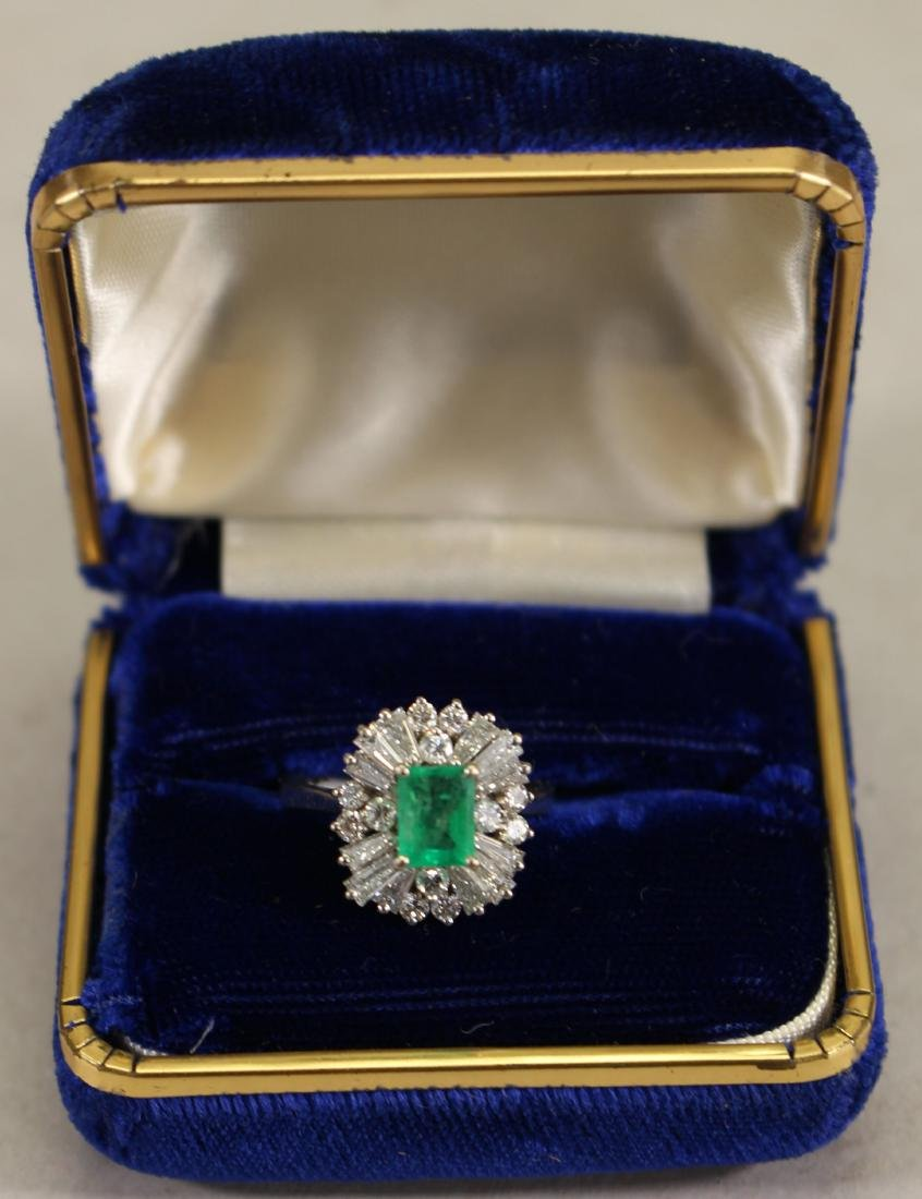 14K White Gold Emerald/Diamond Ring