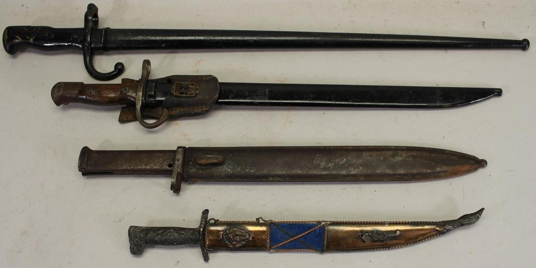 Collection of (4) Knives w/ Sheath