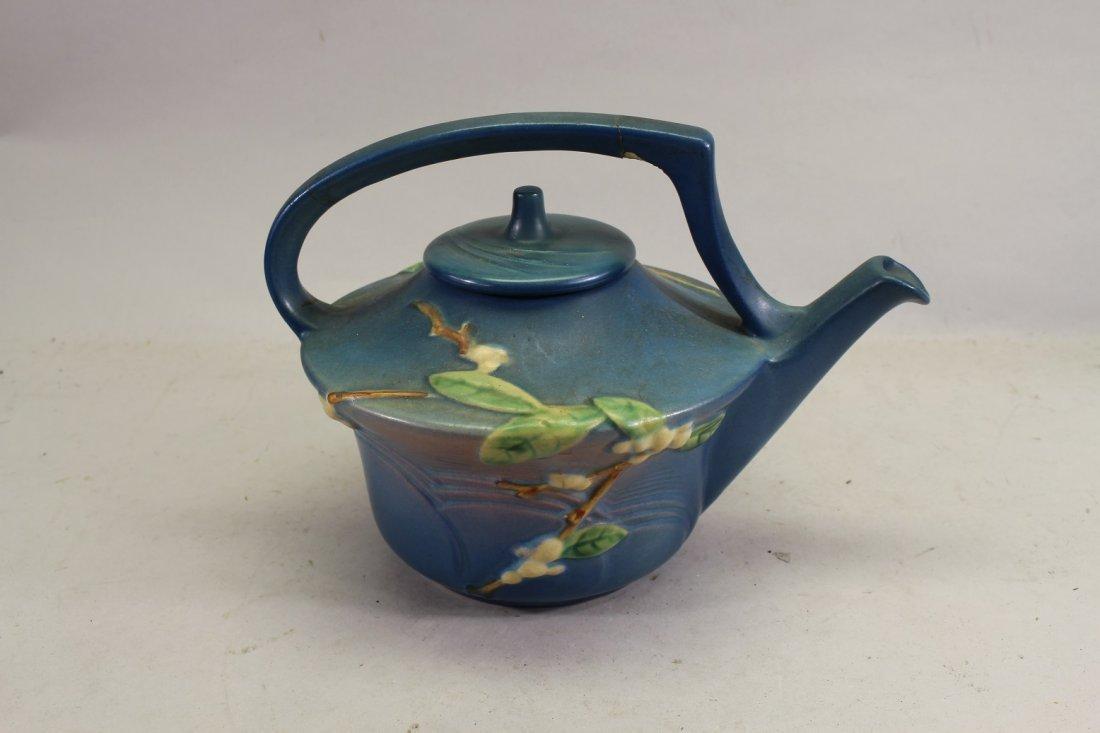 Roseville Snowberry Pattern Tea Pot