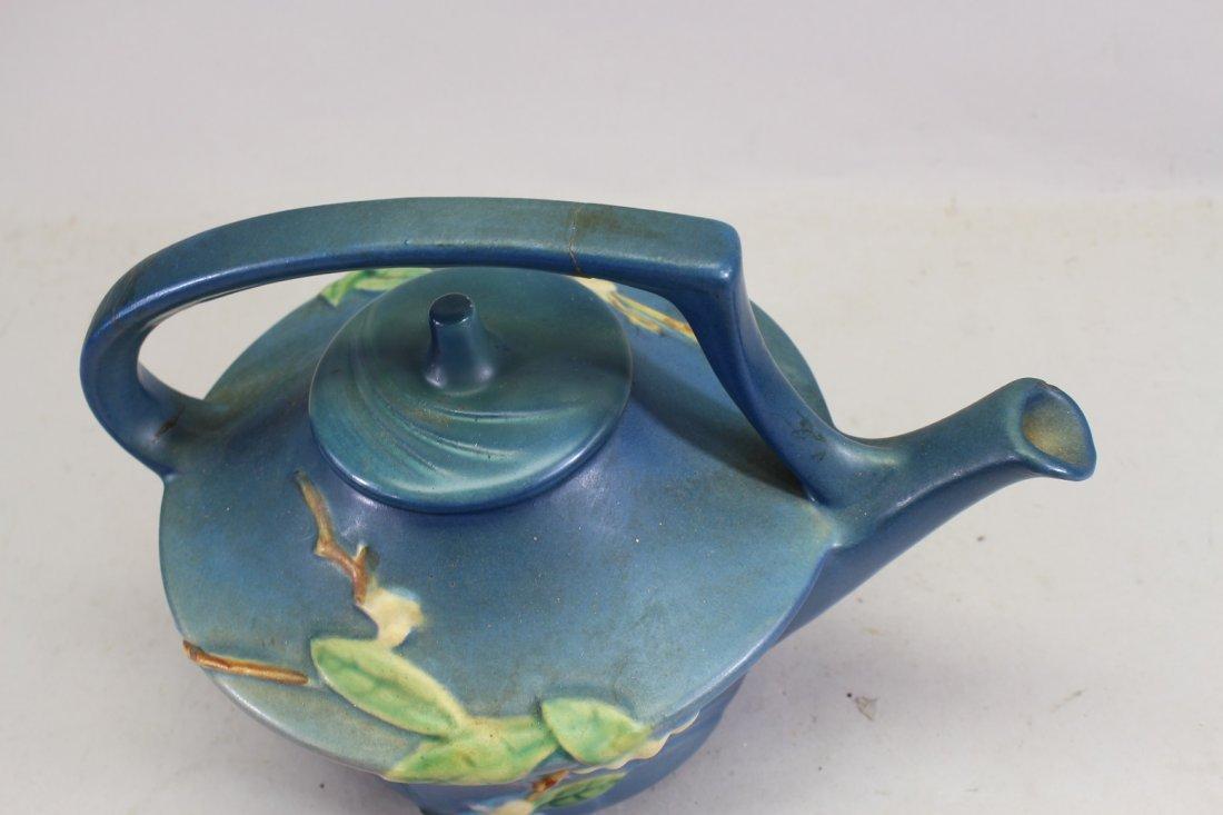 Roseville Snowberry Pattern Tea Pot - 2