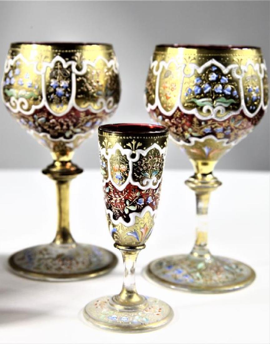 Four (4) pieces of Persian crystal, Moser-type - 2