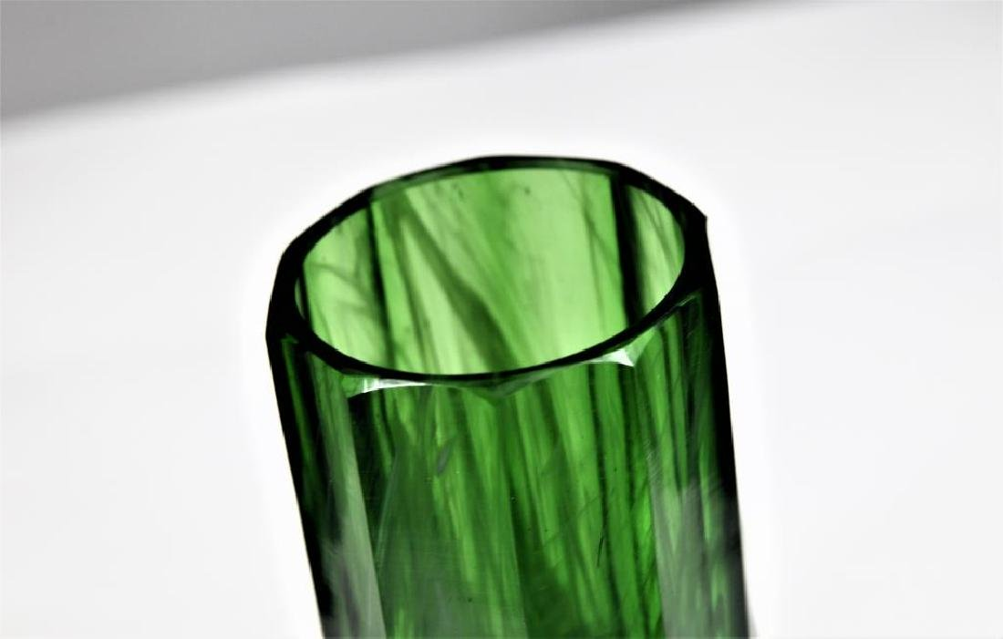 (1) Emerald green vase cut with 10 vertical panels - 2