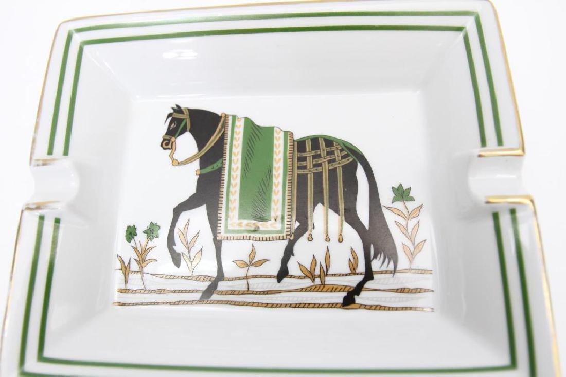 Hermes Paris Gilt Rimmed Ashtray, Horse Scene - 3