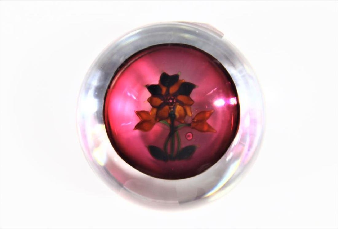 J glass paperweight with golden double Clematis - 3