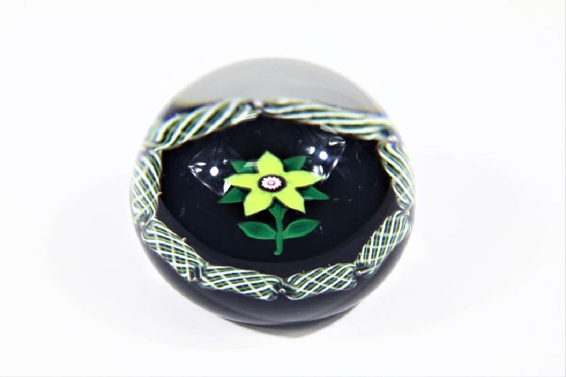 Selkirk paperweight, Clematis blossom - 2