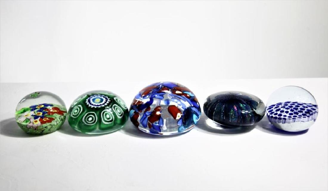 Five (5) Murano-style paperweights - 2