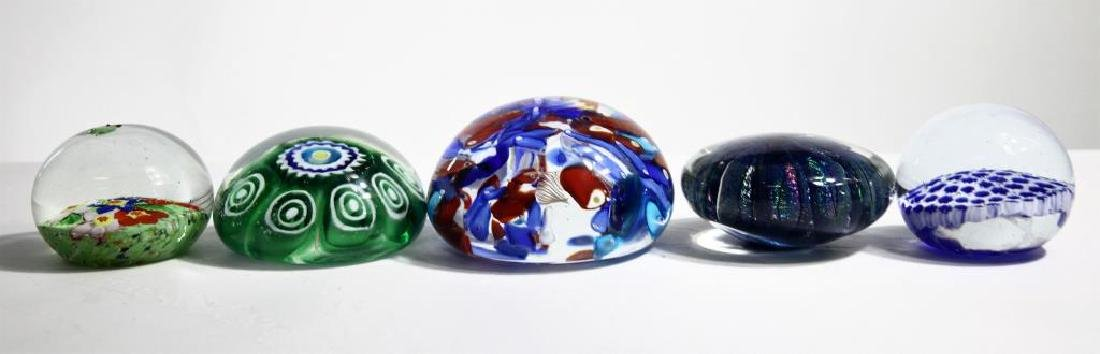 Five (5) Murano-style paperweights - 3