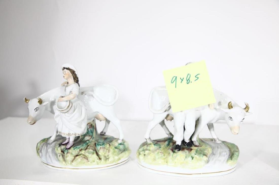 Pair of Staffordshire Figures - 6