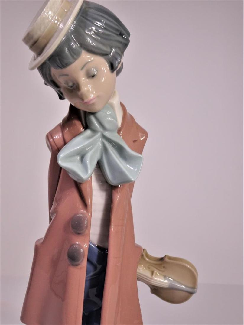 Lladro 'Clown Standing with Violin' Figure - 2