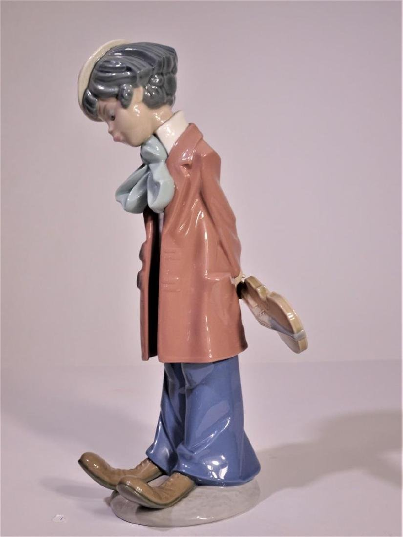 Lladro 'Clown Standing with Violin' Figure - 3