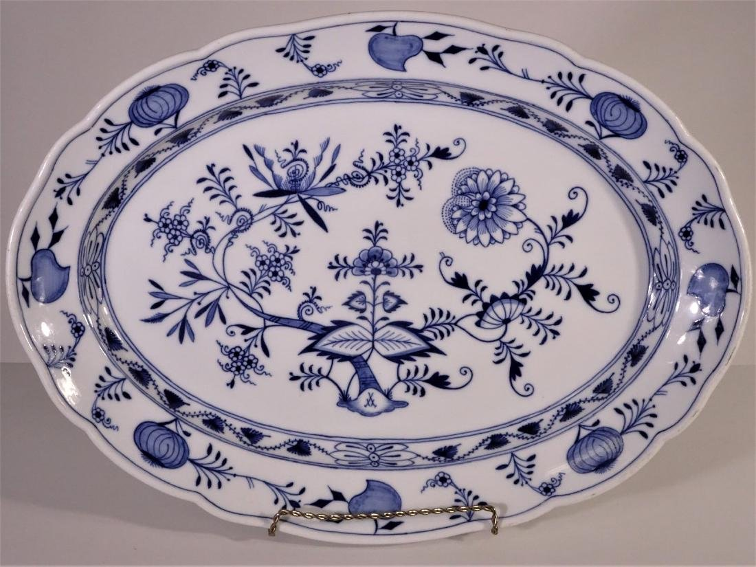 Classic Blue Nordic platter by J & G Meakin