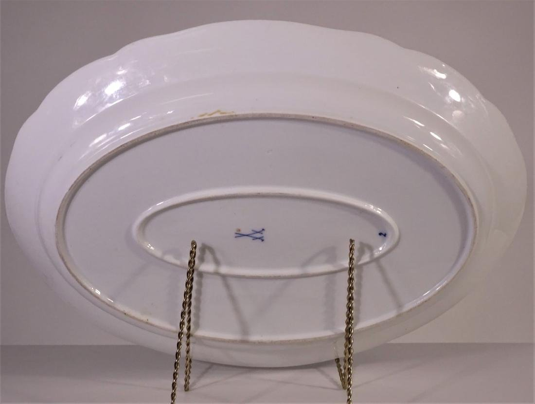 Classic Blue Nordic platter by J & G Meakin - 2