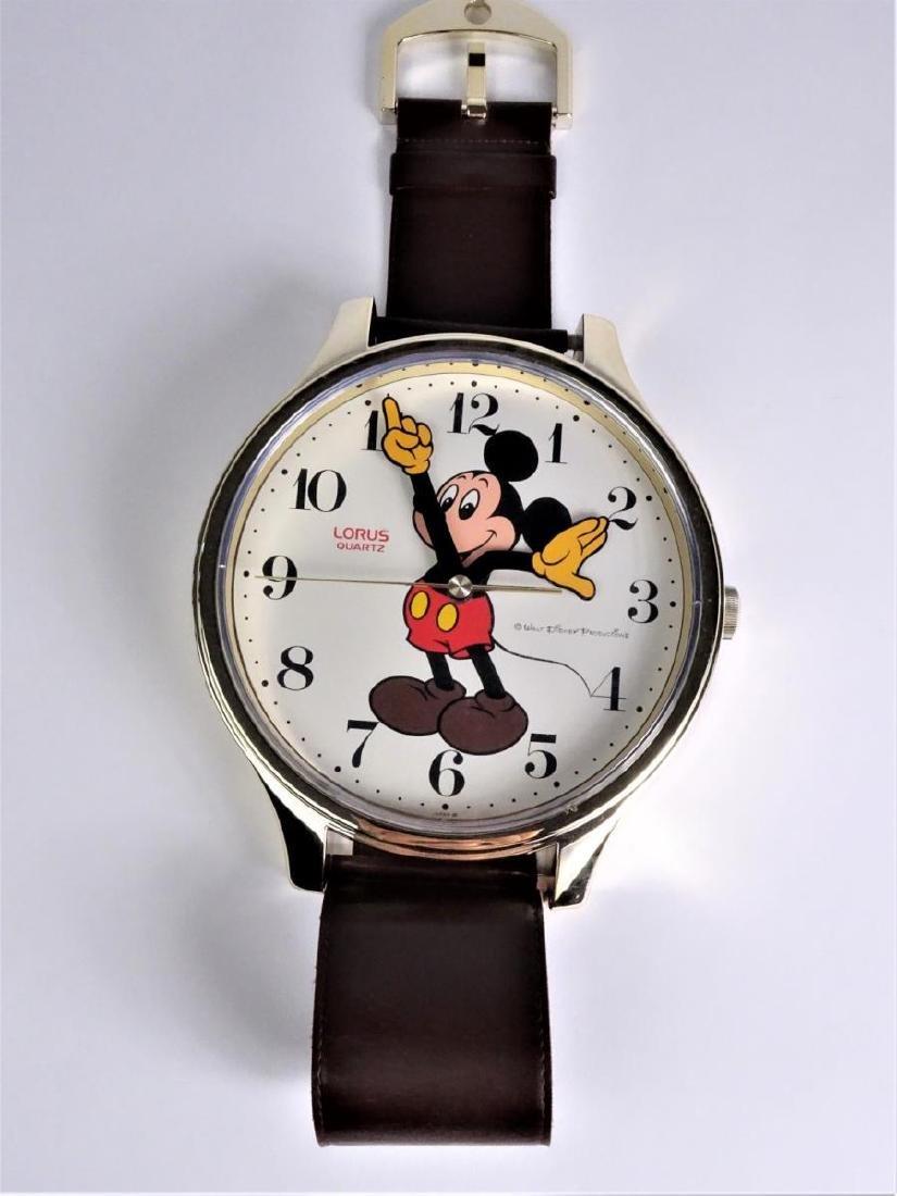 Large Walt Disney Lorus Mickey Mouse Wall Clock
