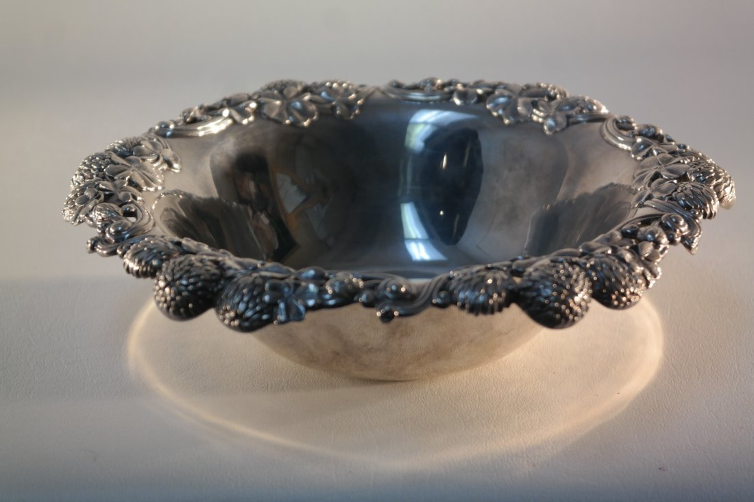 Tiffany and Co Mkrs Sterling Silver floral pattern Bowl