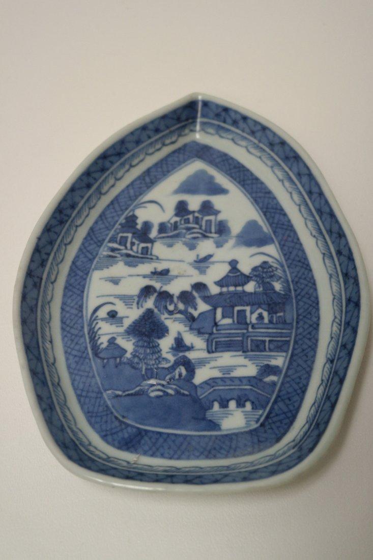 19th century Chinese Leaf Dish
