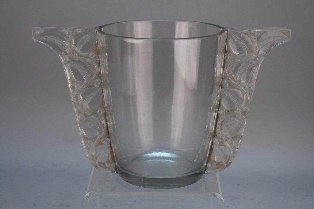 """R. Lalique """"Honfleur""""  Vase"""