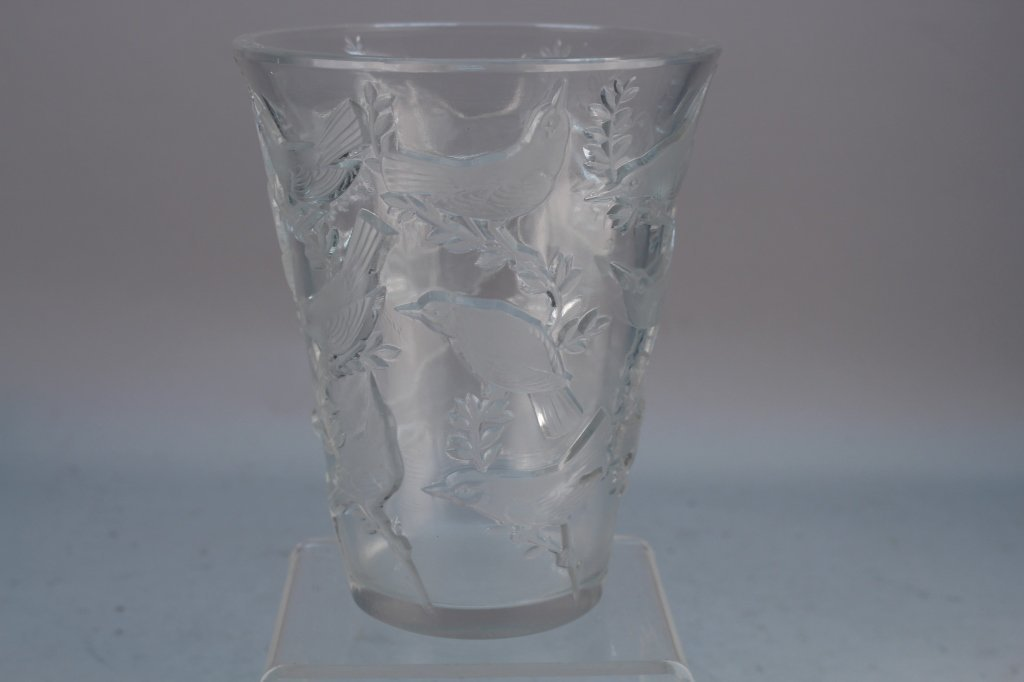R. Lalique Signed Dove Vase