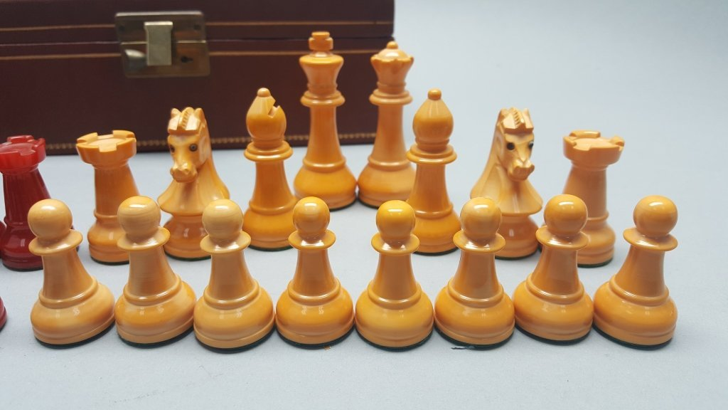 Red/Yellow Chess Set w/ Case - 3