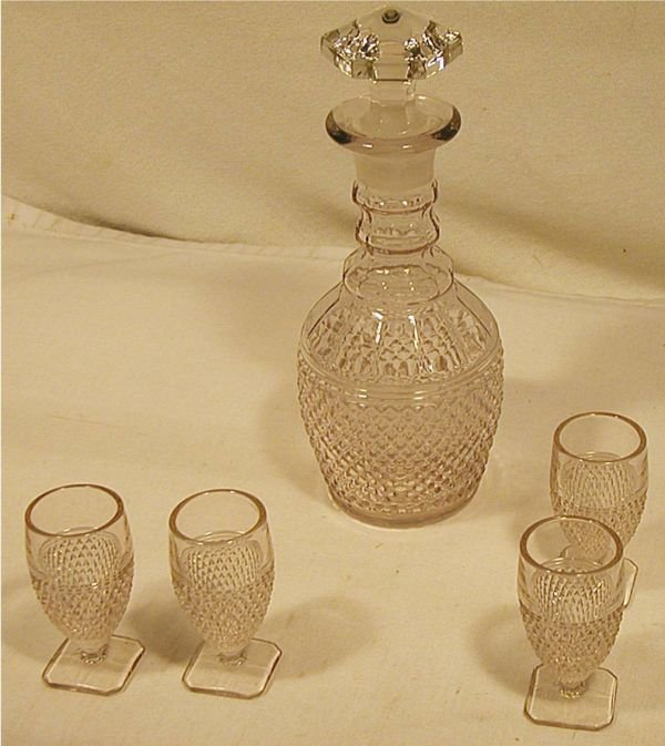 1012: Cambridge Glass, Mount Vernon Pattern  Decanter S