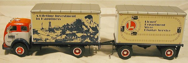 1005: Lionel Corporation Mack B-61 1960 Tractor & Semi