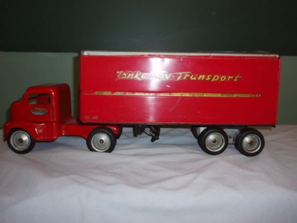 1022: Tonka Toy Transport, Tractor Trailer Early Tonka