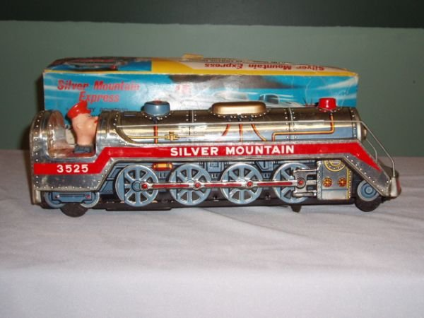 1020: Battery Operated Silver Mountain Express with Box