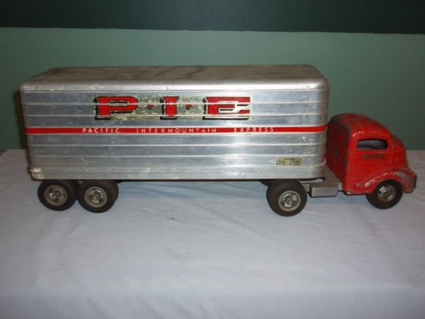 1068: Smith Miller PIE Tractor Trailer, Few Paint Chips