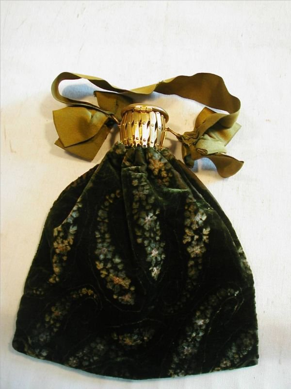 2003: Dark Green Floral Parsley Velvet Victorian Hand B