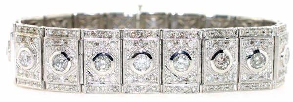 4016: 25ct Diamond Bracelet in 14kt WG
