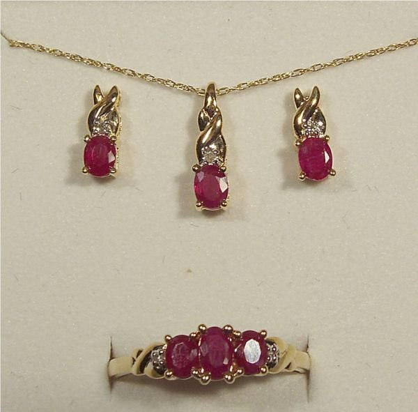 4017: Burmese Ruby and Diamond Necklace, Earrings and R