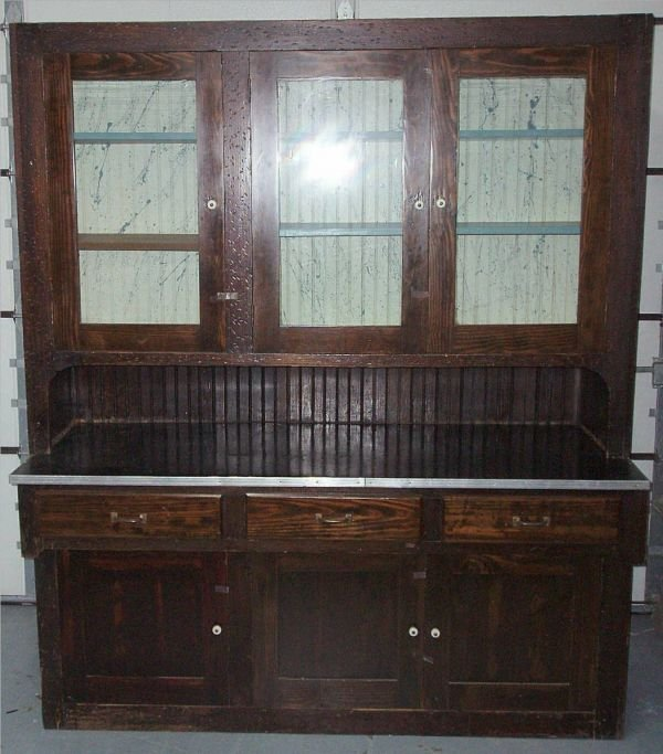 1005: Country Store Two Section Display Cabinet