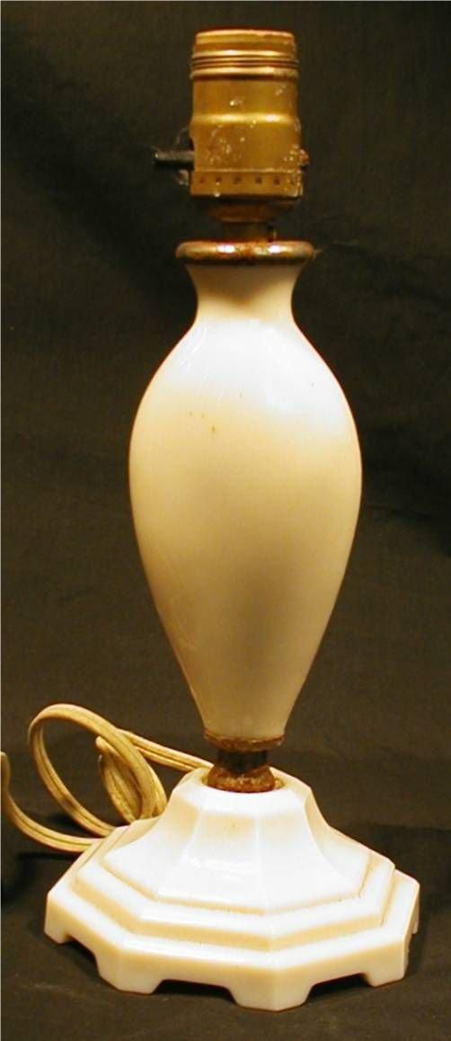 1008: Alladdin Lamp Alacite Electrical Lamp Base with o