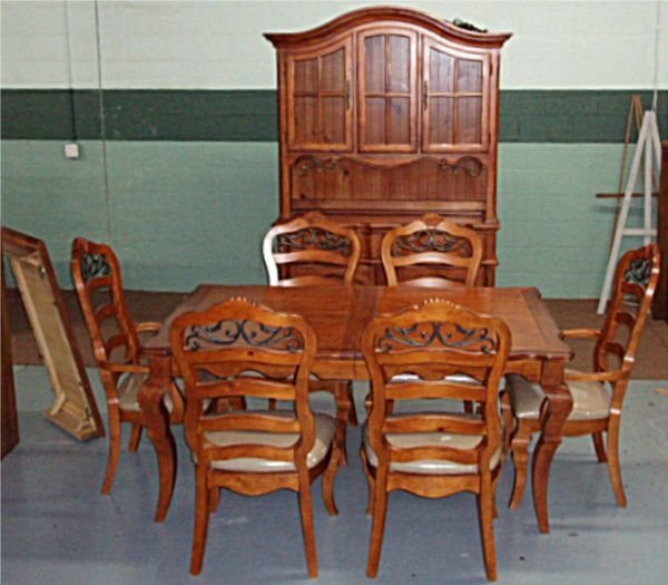 1009B: Ornate Dinning Room Set, Including Six Chairs, H
