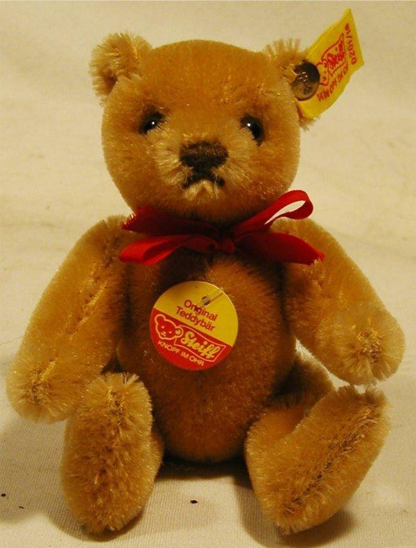 """3017: Steiff Teddy Bear 5""""H, Jointed, Ear Button & Tag"""
