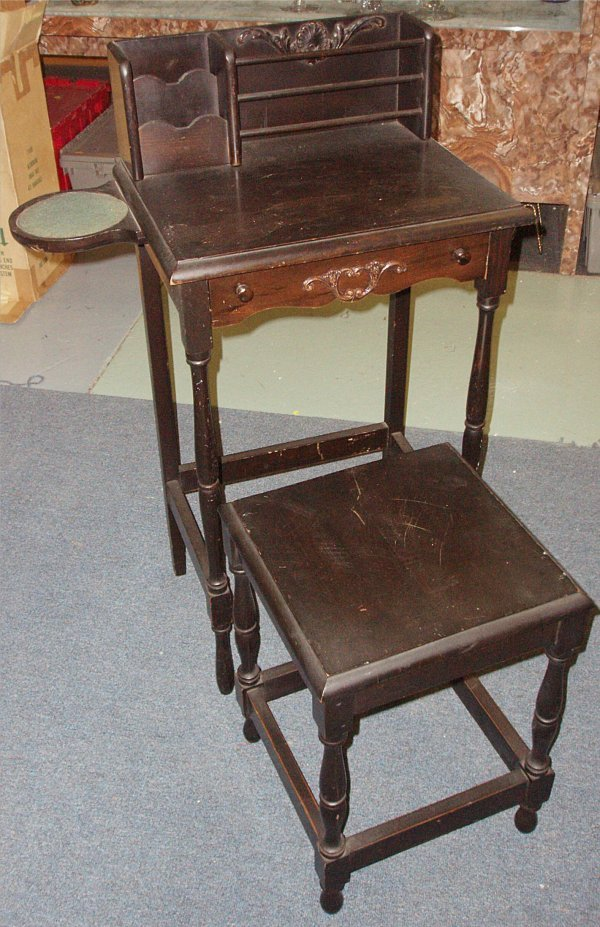3020: HTF Stick Phone Telephone Table with Chair